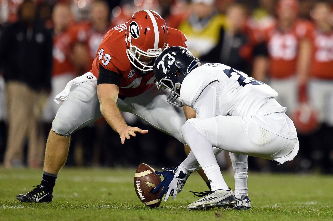 Denver Broncos roster: Long snapper Nathan Theus