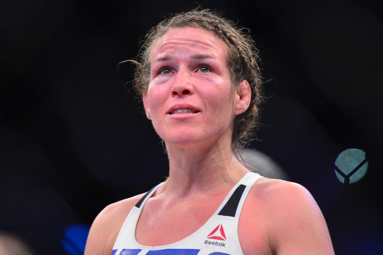 Leslie Smith has stomach tumor removed with help from UFC, still in favor of a fighters union