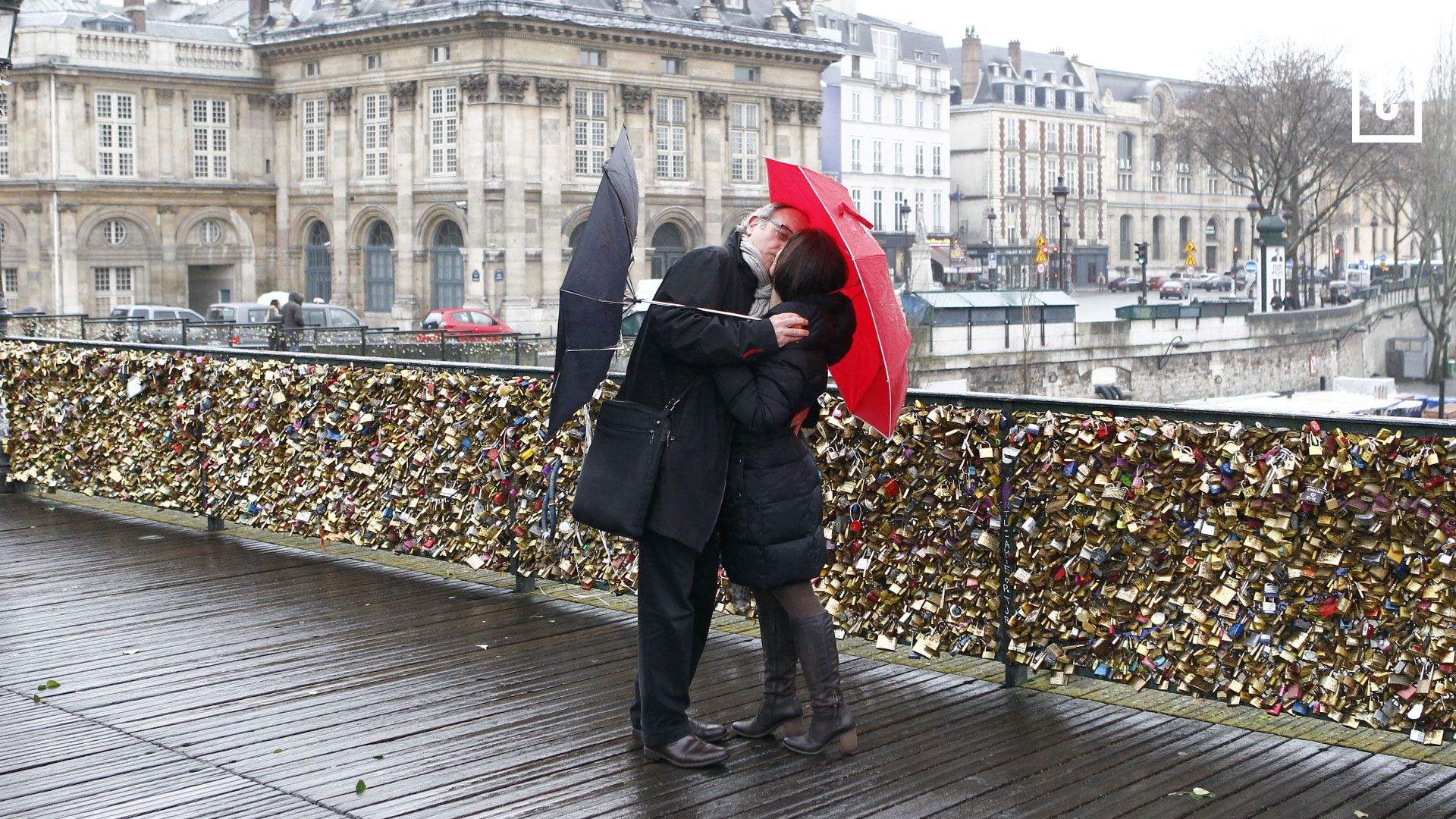 9fa1bffaa0fb Love locks : How did the phenomenon begin? - Curbed