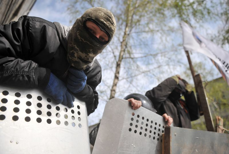 pro-russian protestors