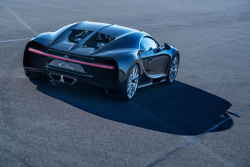 the unbelievable 2 4 million bugatti chiron in pictures the verge. Black Bedroom Furniture Sets. Home Design Ideas