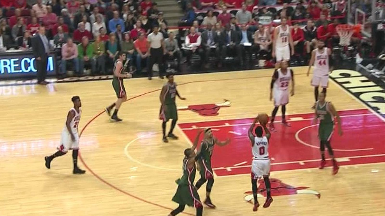 This Aaron Brooks Buzzer Beater Is So Pretty