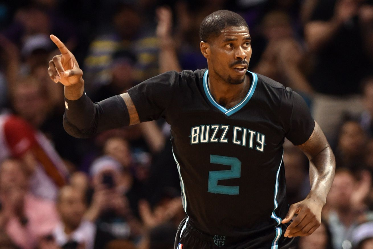Marvin Williams to stay with Hornets