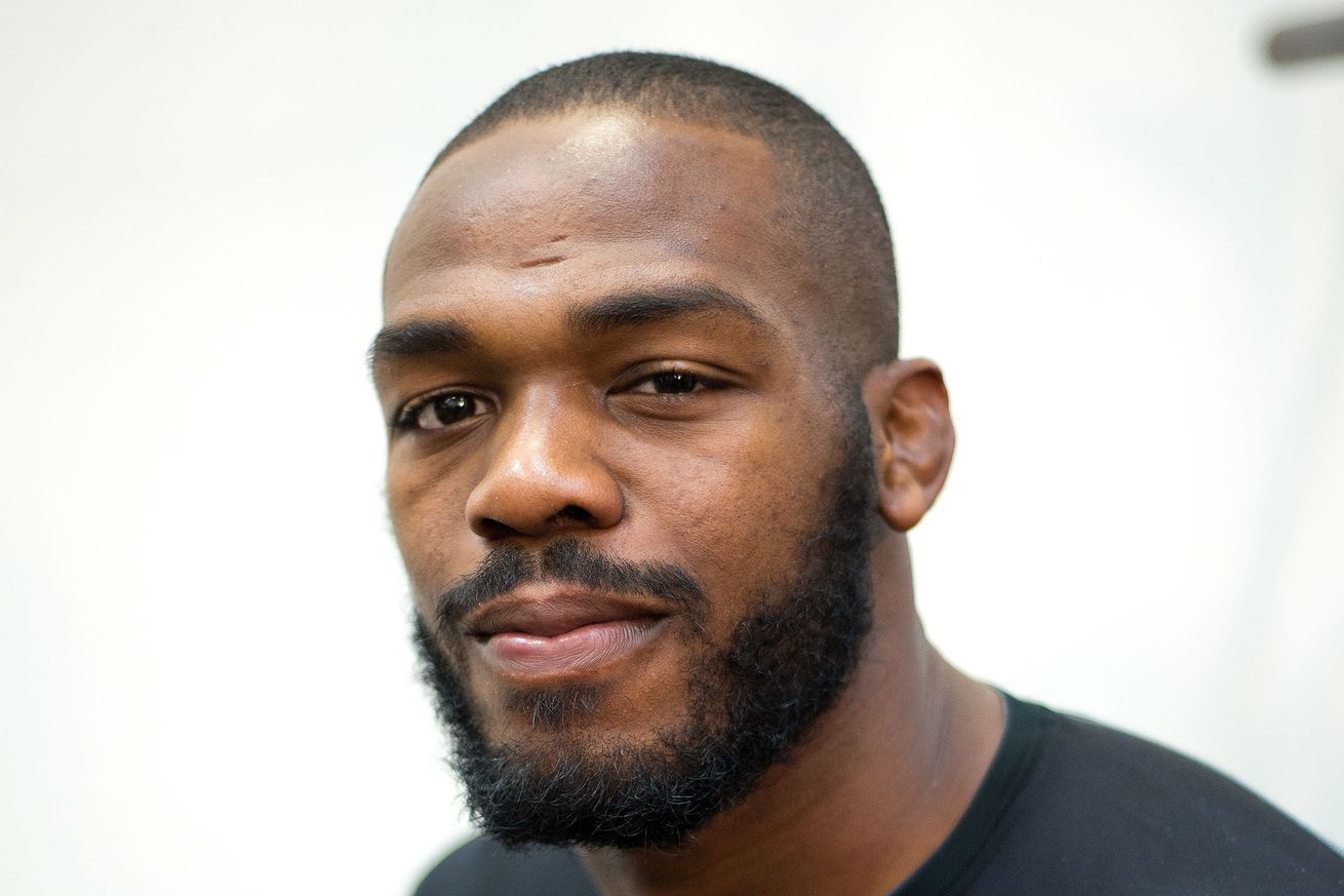 community news, Doppelganger ALERT: Former UFC champ Jon Jones disproves fans tweet that he was at Legoland