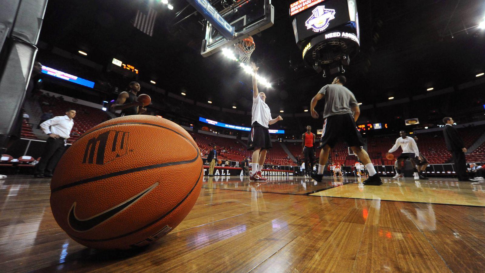 Kentucky Basketball Announces Tv Schedule Game Times And: Tbs Ncaa Basketball Announcers