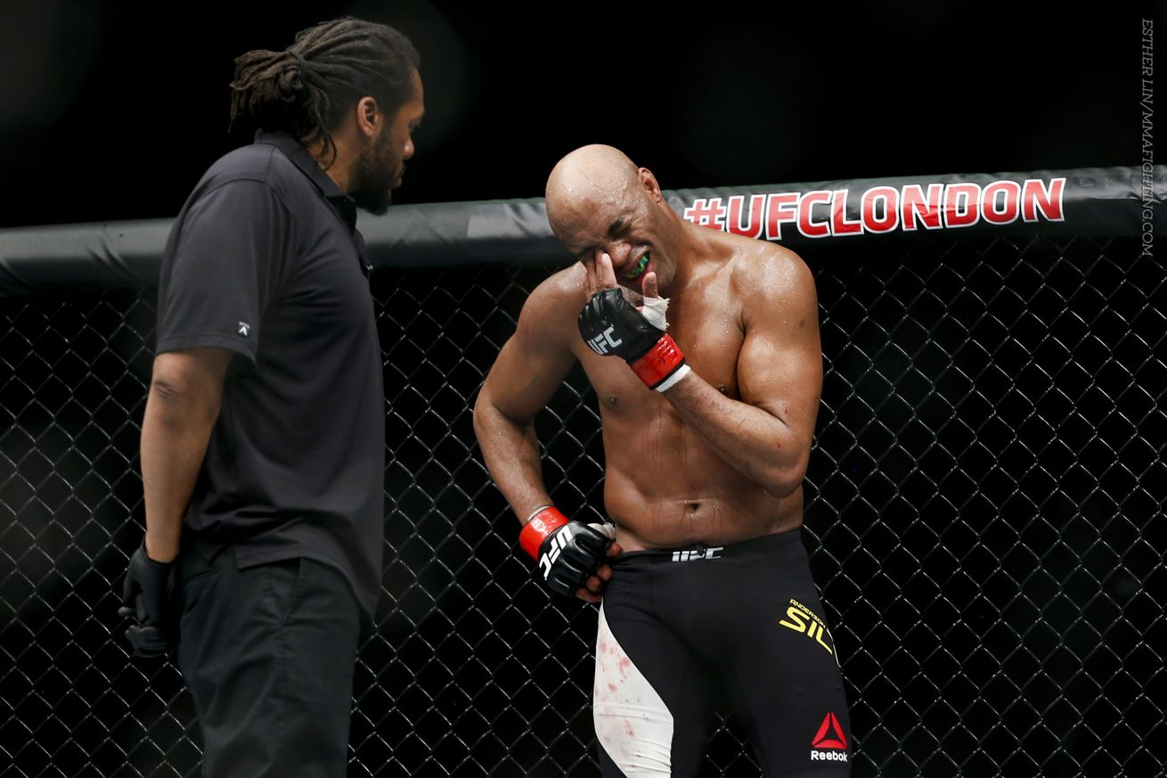 Anderson Silva out of UFC 198, could need surgery to remove gall bladder