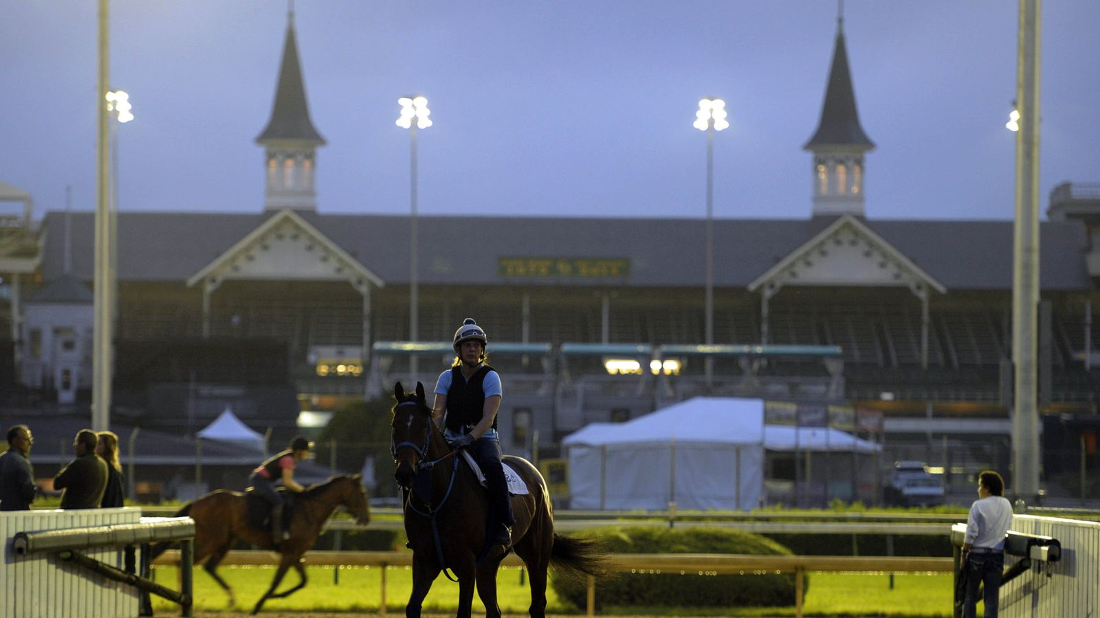 2014 Kentucky Derby Contenders Tapiture And Down The
