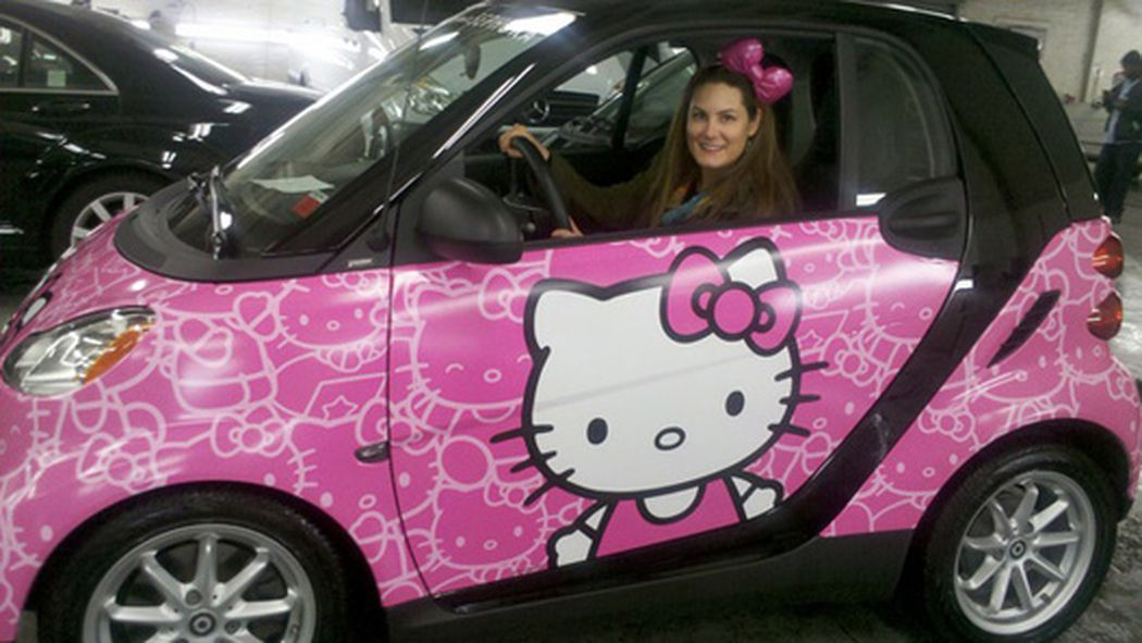 currently burning up the roadways the hello kitty smart. Black Bedroom Furniture Sets. Home Design Ideas