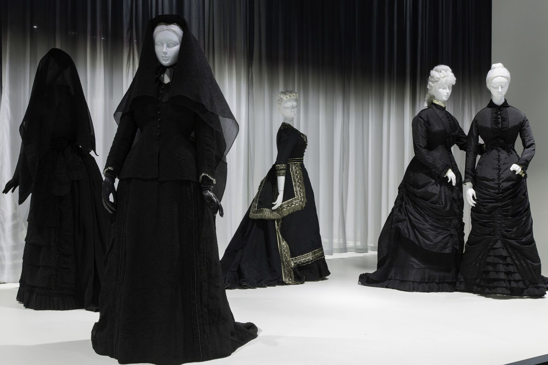 Funeral Dresses For Women