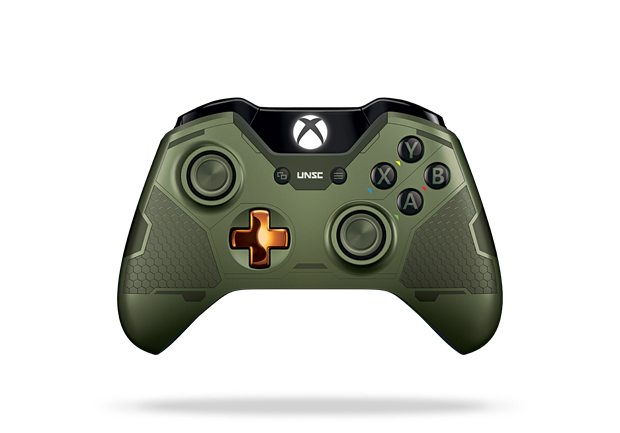 Conférence Xbox Mardi 4/08/15 16h Xbox_One_Limited_Edition_Halo_5_Master_Chief_Controller_Front_Render.0