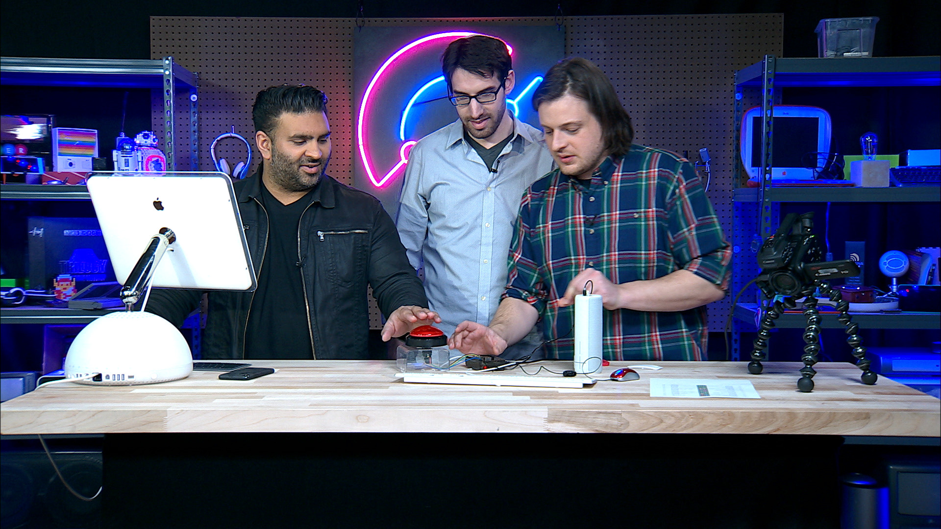 """How to build something """"useful"""" with a Raspberry Pi - The Verge"""