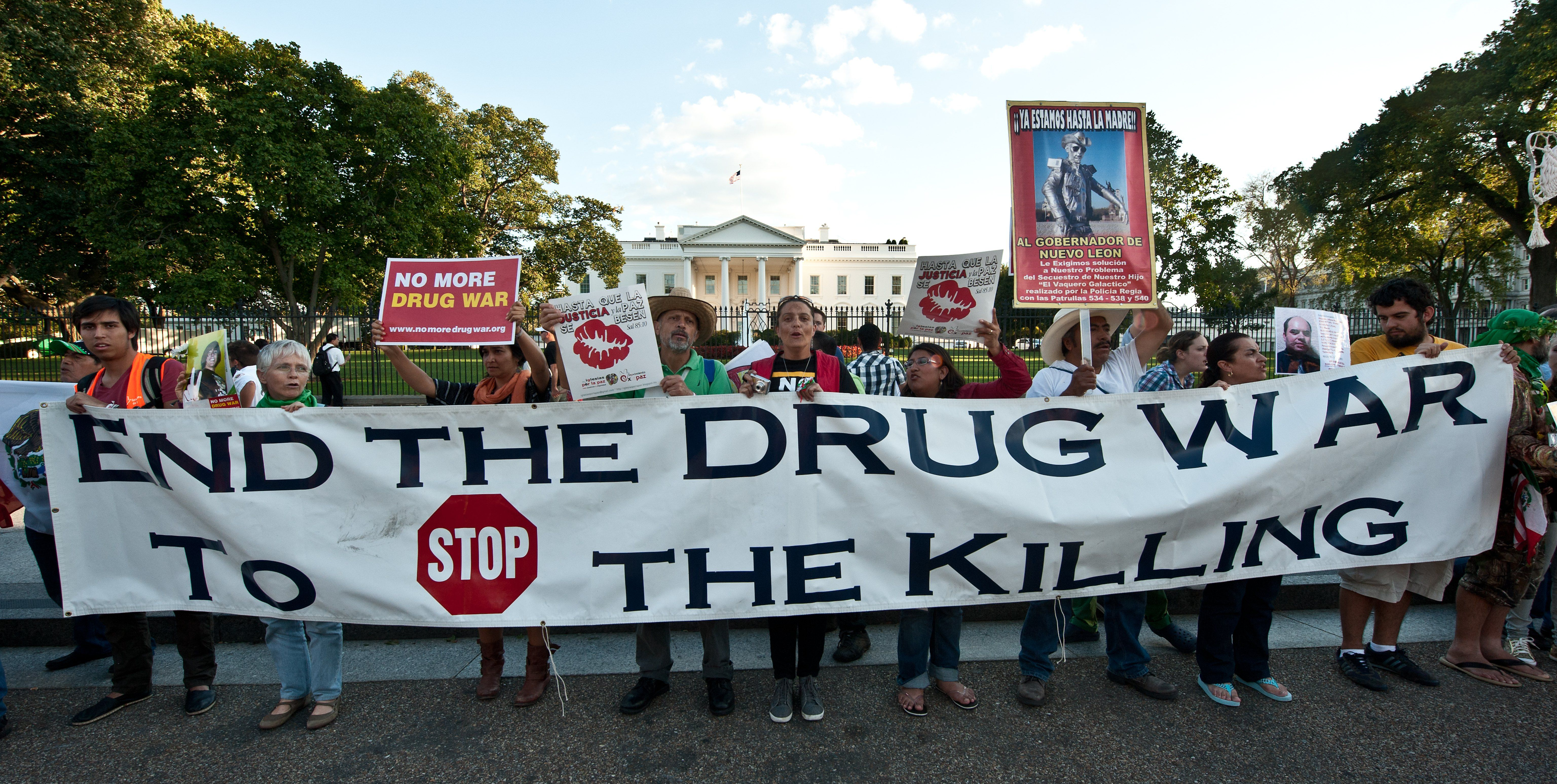 war with the drugs Obama pulled back the federal war on drugs trump and sessions are undoing that work.