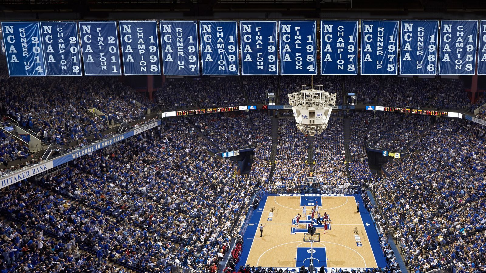Rupp Arena rafters getting painted blue - A Sea Of Blue