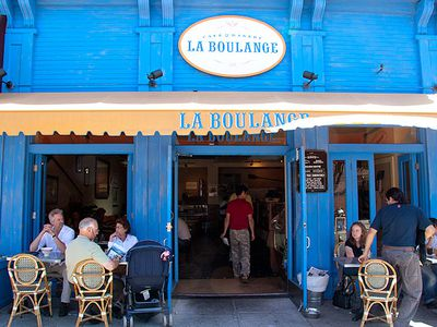 Starbucks ditching bakeries: La Boulange Closing