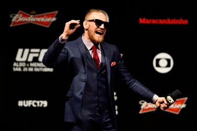 Tweets of the Day: Conor McGregor and Jose Aldo taunt each other