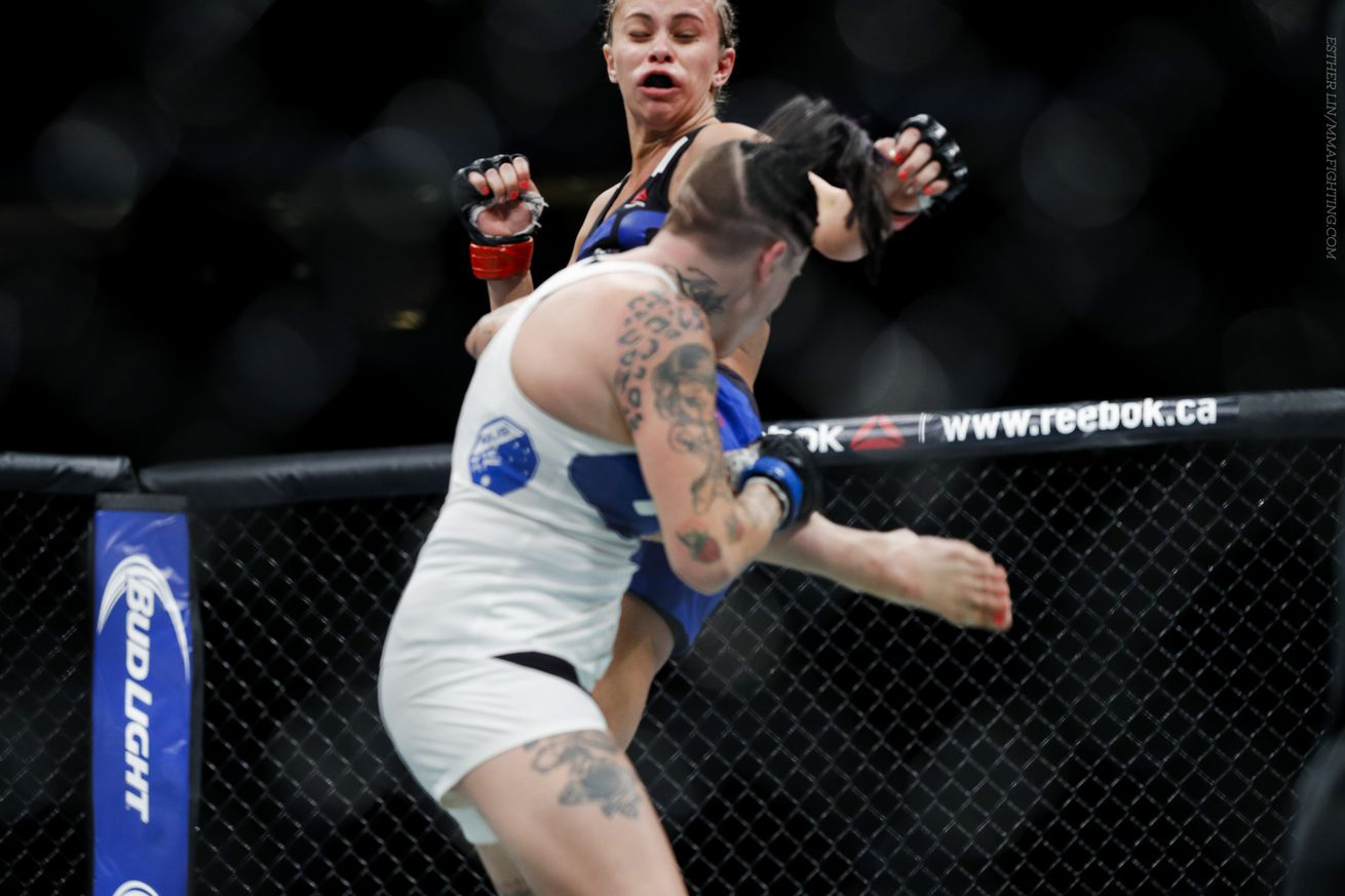 Paige VanZant Flattens Bec Rawlings With Jumping Switch Kick