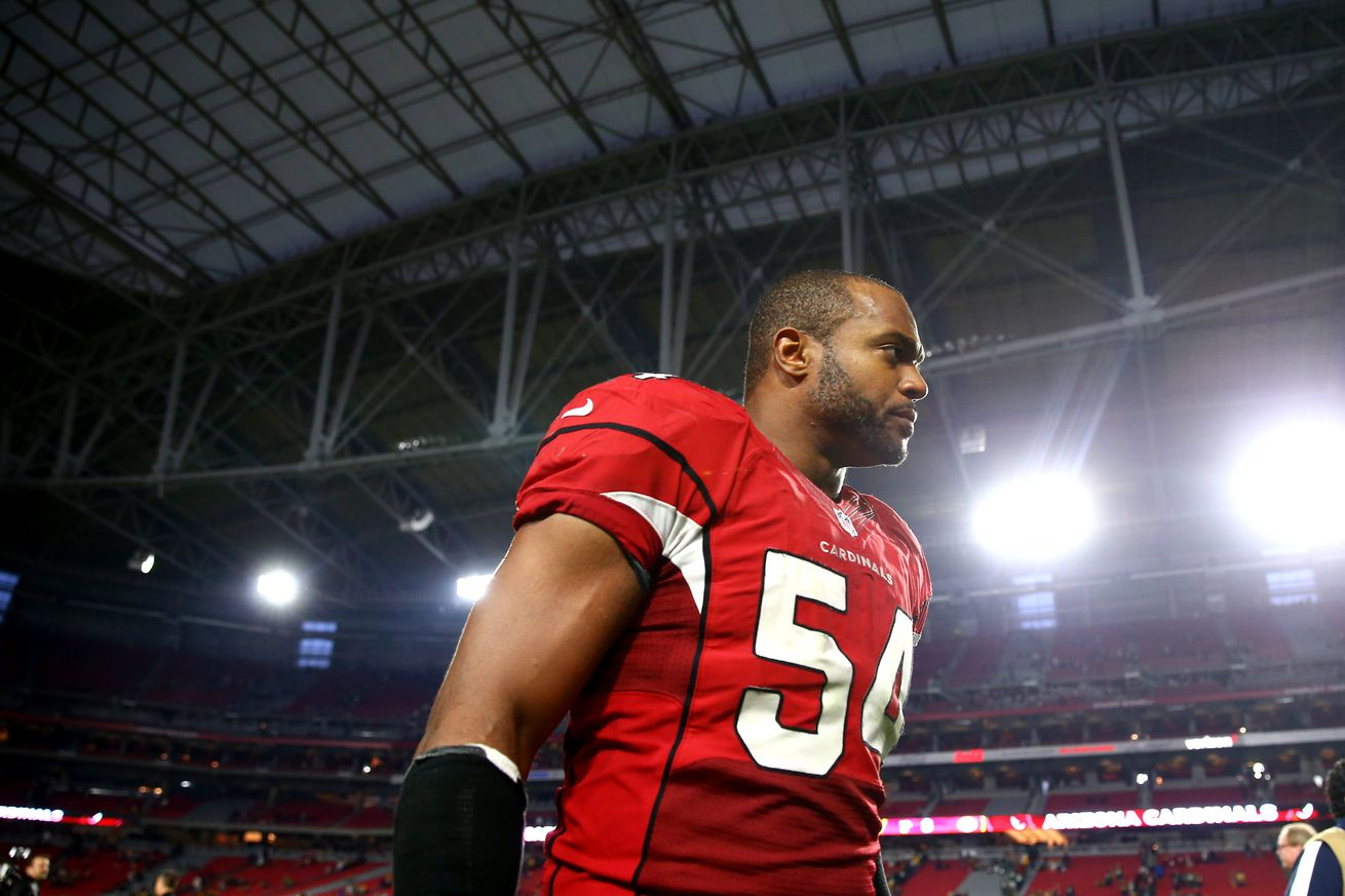 Falcons Agree to Terms With DE Dwight Freeney