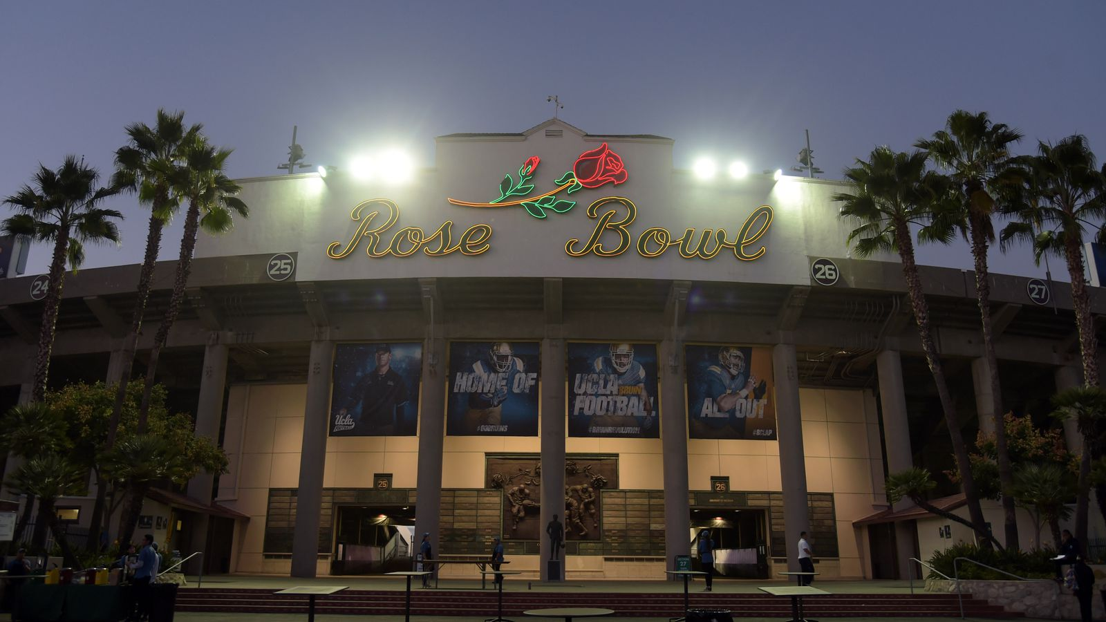 2015-2016 college bowl game spreads