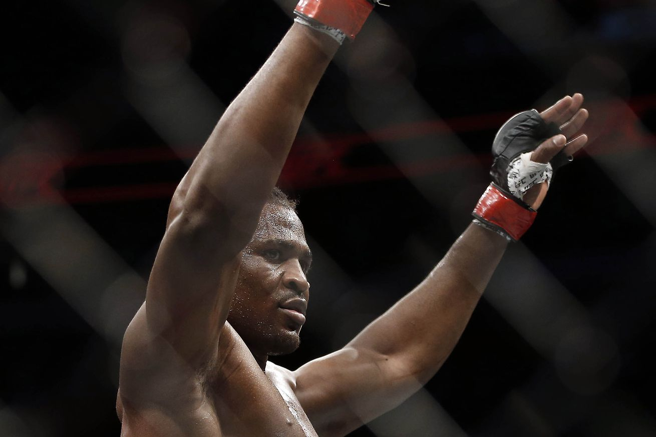 community news, UFC Fight Night 86 results: Francis Ngannou closes the eye of Curtis Blades, wins by TKO