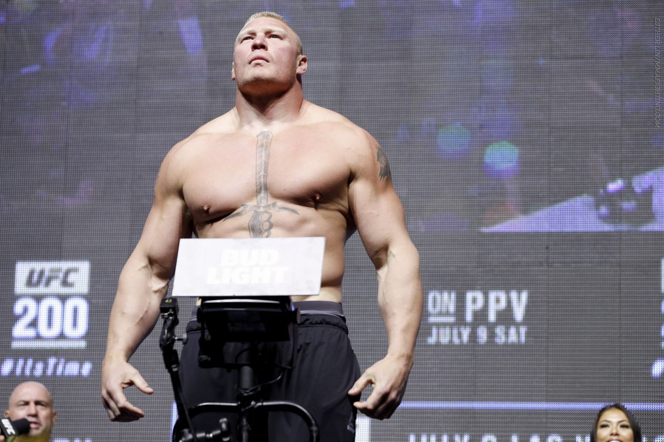 UFC 200 results: Brock Lesnar returns with decision win over Mark Hunt
