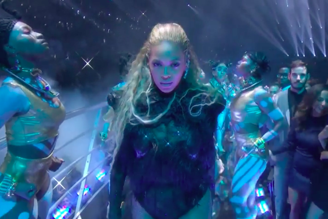 Image result for beyonce vma 2016