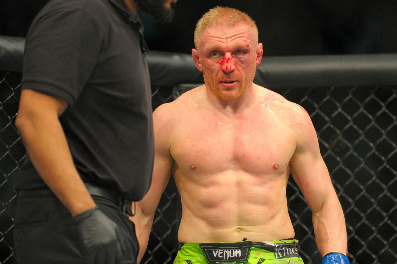 Dennis Siver injured, bounced from UFC 199 fight against BJ Penn