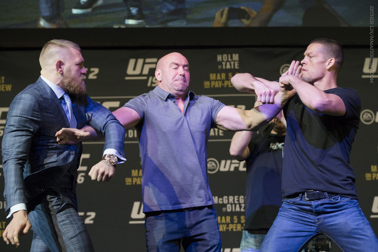 community news, Conor McGregor predicts hell be fighting in 'enemy territory at UFC 202: 'Im going into a war zone