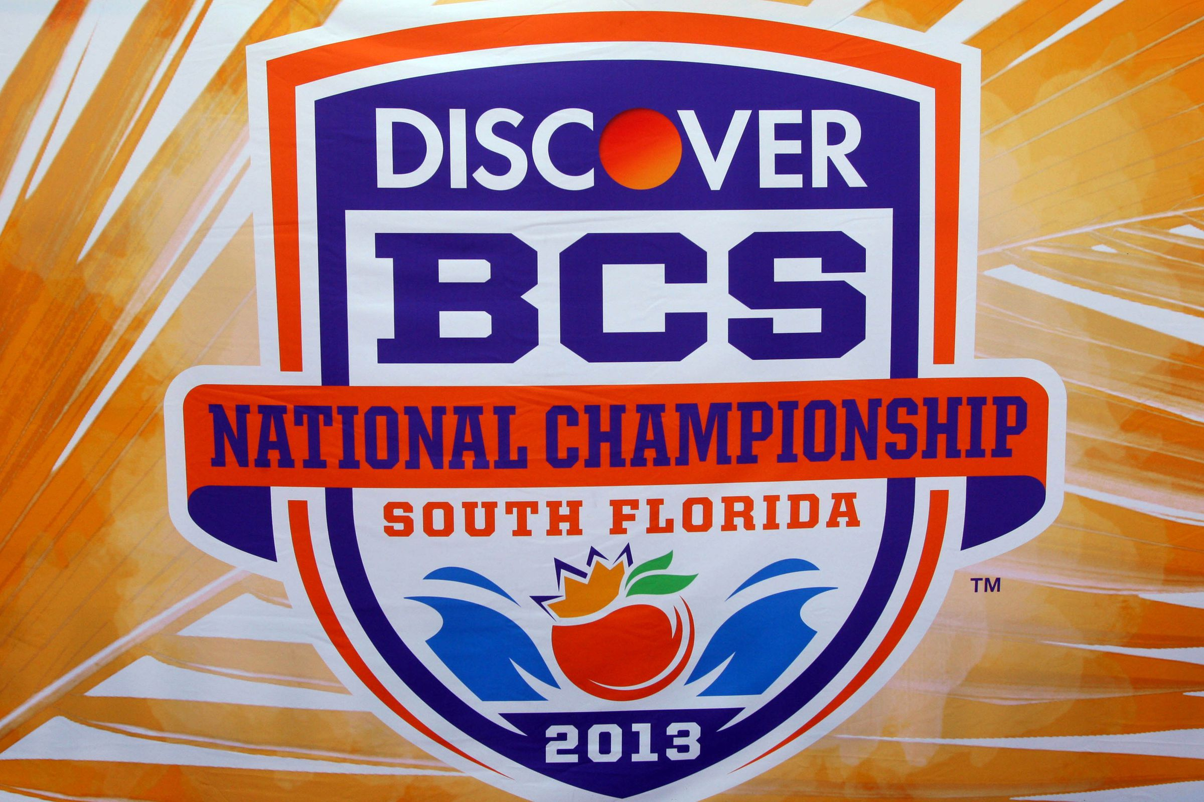 football schedule tonight bcs national championship game