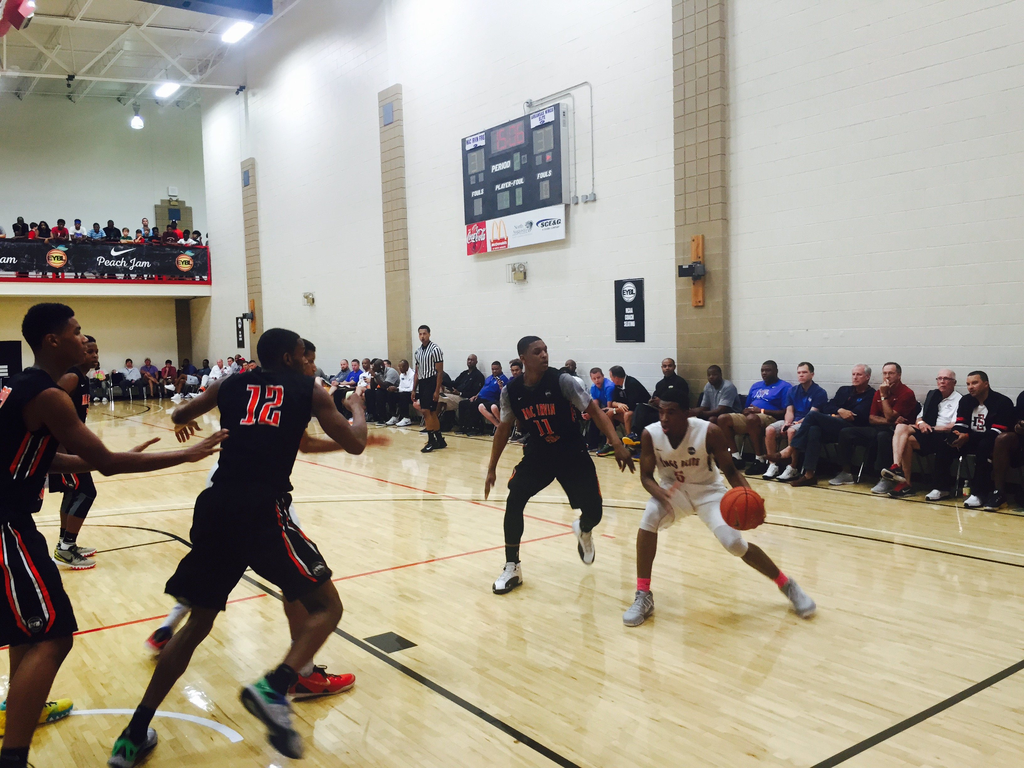 86f00a15b2 At the end of their second day at Peach Jam, the Wings beat Ohio-based Mac  Irvin to stand at three wins and one loss through their five-game pool play.
