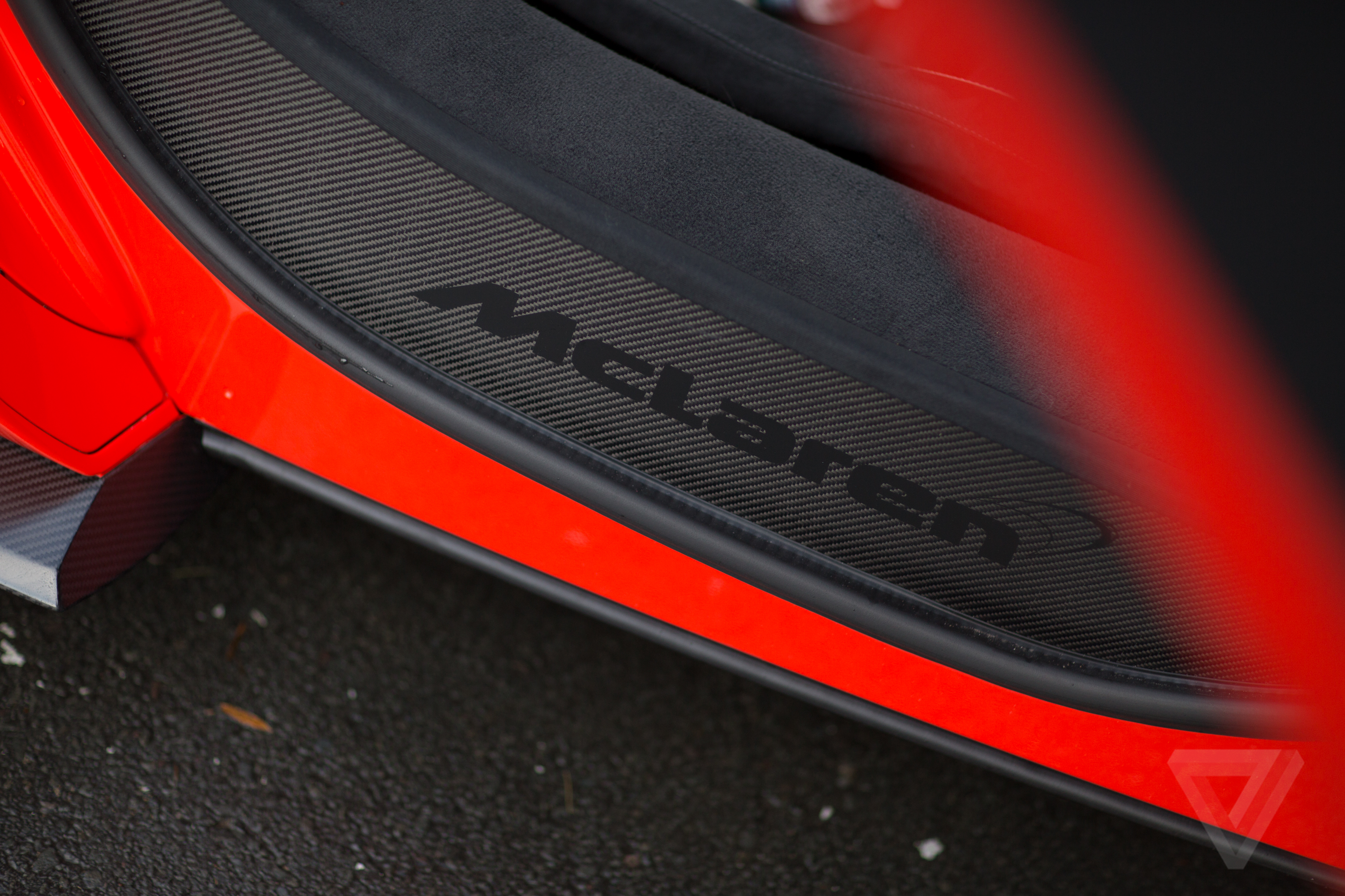mclaren 675lt a selection of awesome high res wallpapers