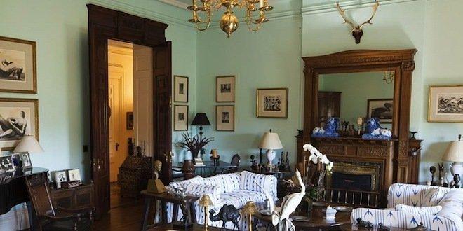 First Look Inside Lauren Bacall S Dakota Apartment Of 53