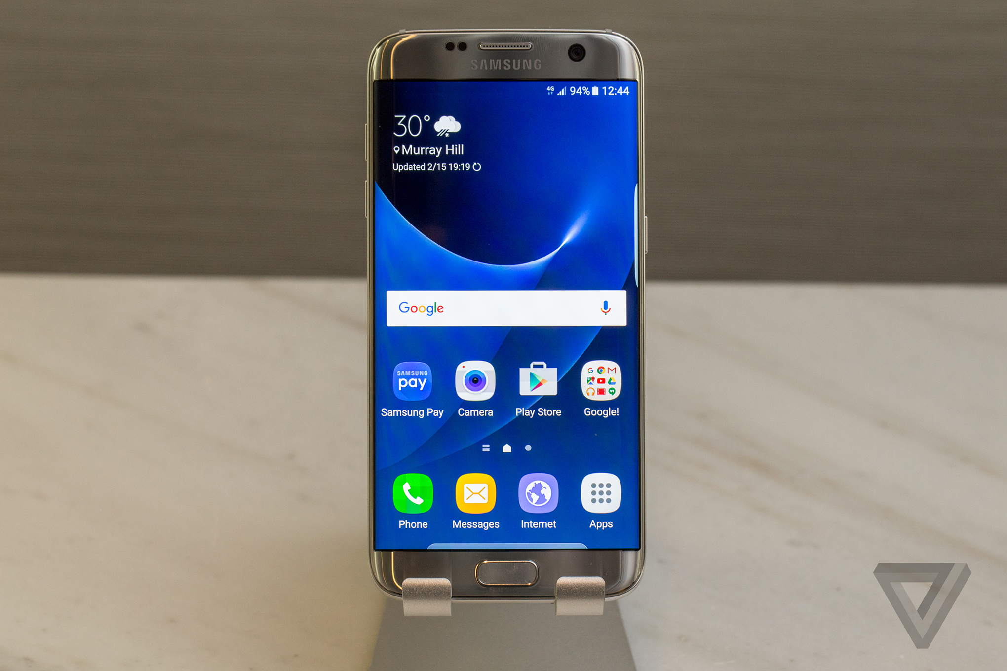 Samsungs Galaxy S7 And Edge Bring Refinement To A Proven Design The Verge