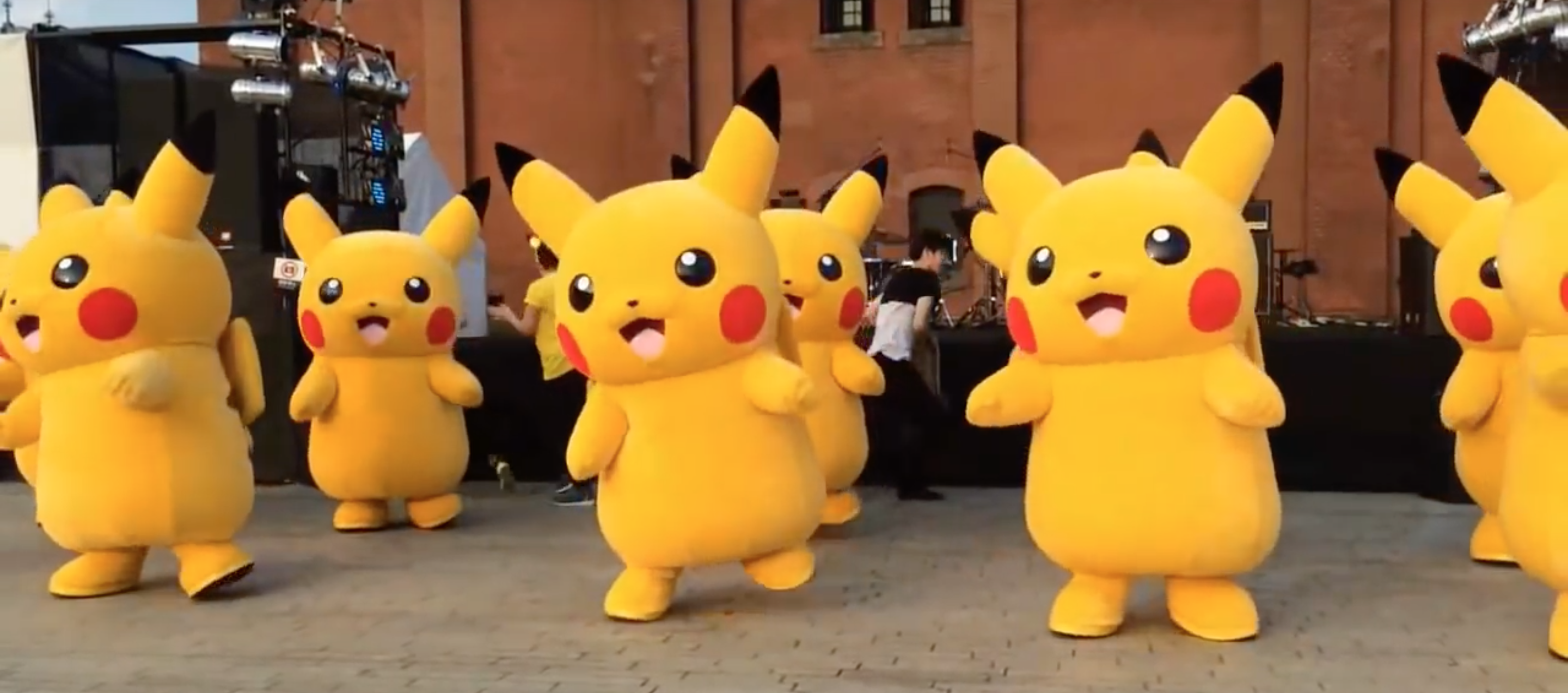 Together Energy Reviews >> Look, it's a bunch of Pikachu dancing to Beyoncé's ...