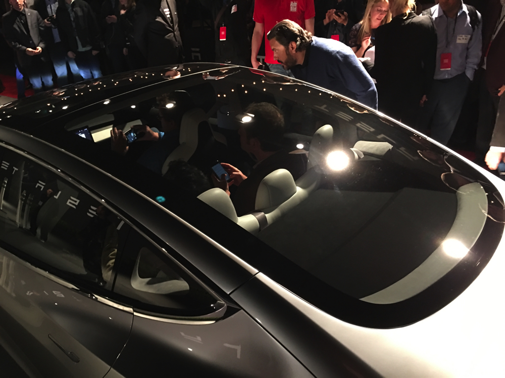 De Verge Elon Musk Glass Roof
