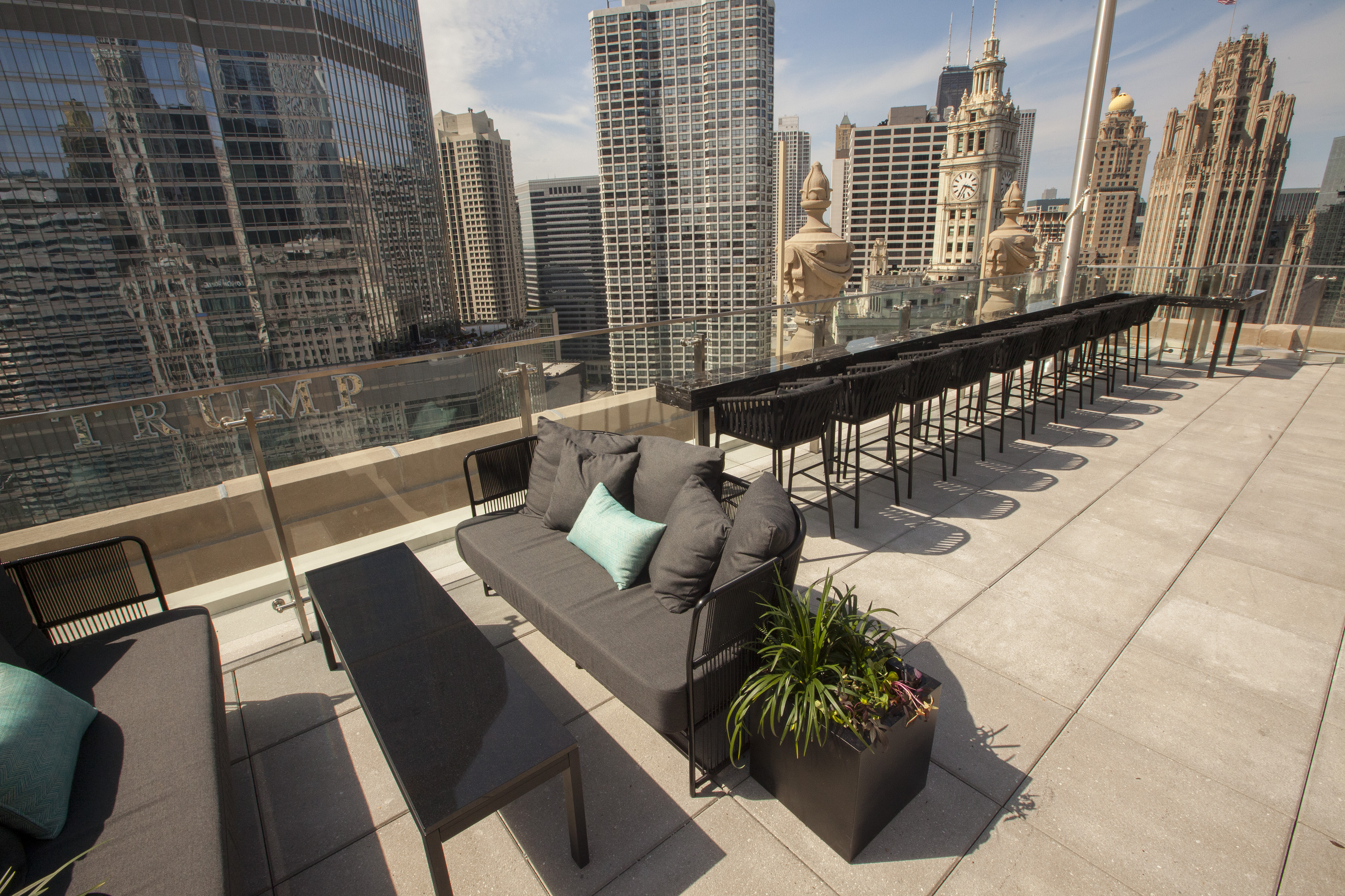 LondonHouse. LondonHouse s Terrace Gives Guests Unforgettable Downtown Rooftop