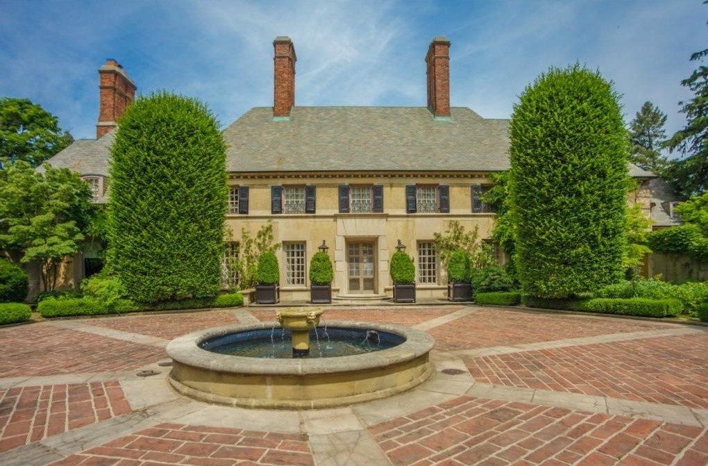 The 10 most expensive homes for sale in michigan curbed for Most expensive house in michigan