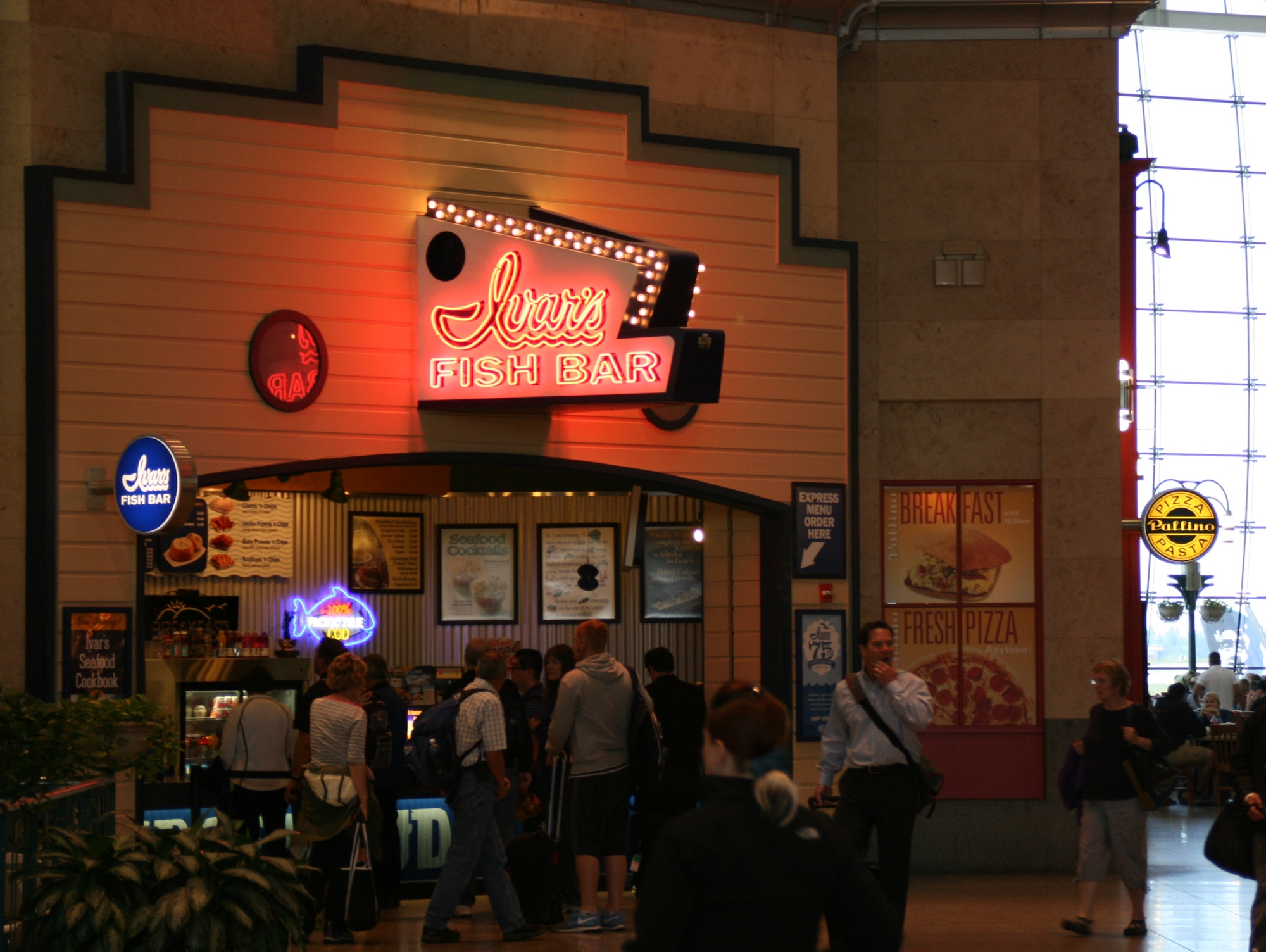 where to eat at seattle tacoma international airport sea spring