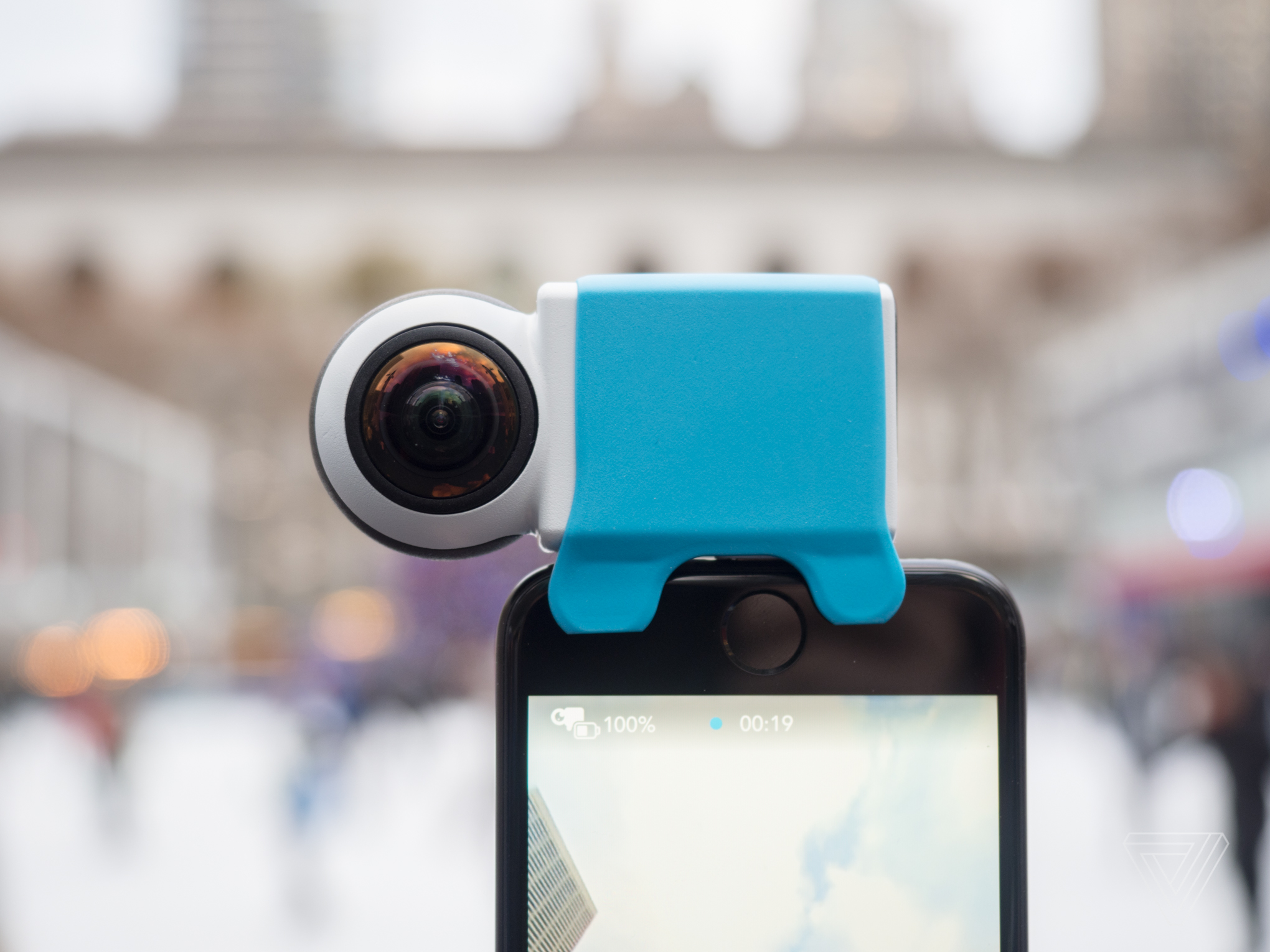 Giroptic 39 s io camera is all about cheap 360 degree live for Camera streaming live