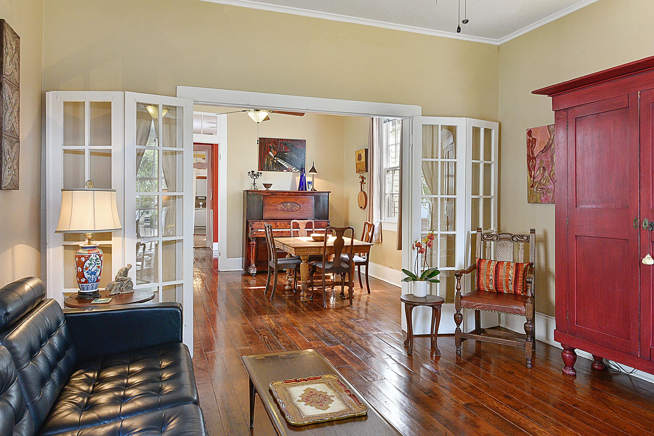 cozy victorian shotgun asks 365k curbed new orleans. Black Bedroom Furniture Sets. Home Design Ideas