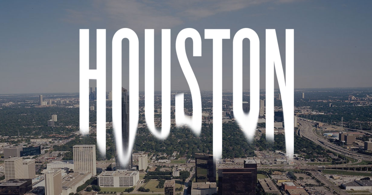 Houston football is trying to fit a city that\'s too big for a belt ...