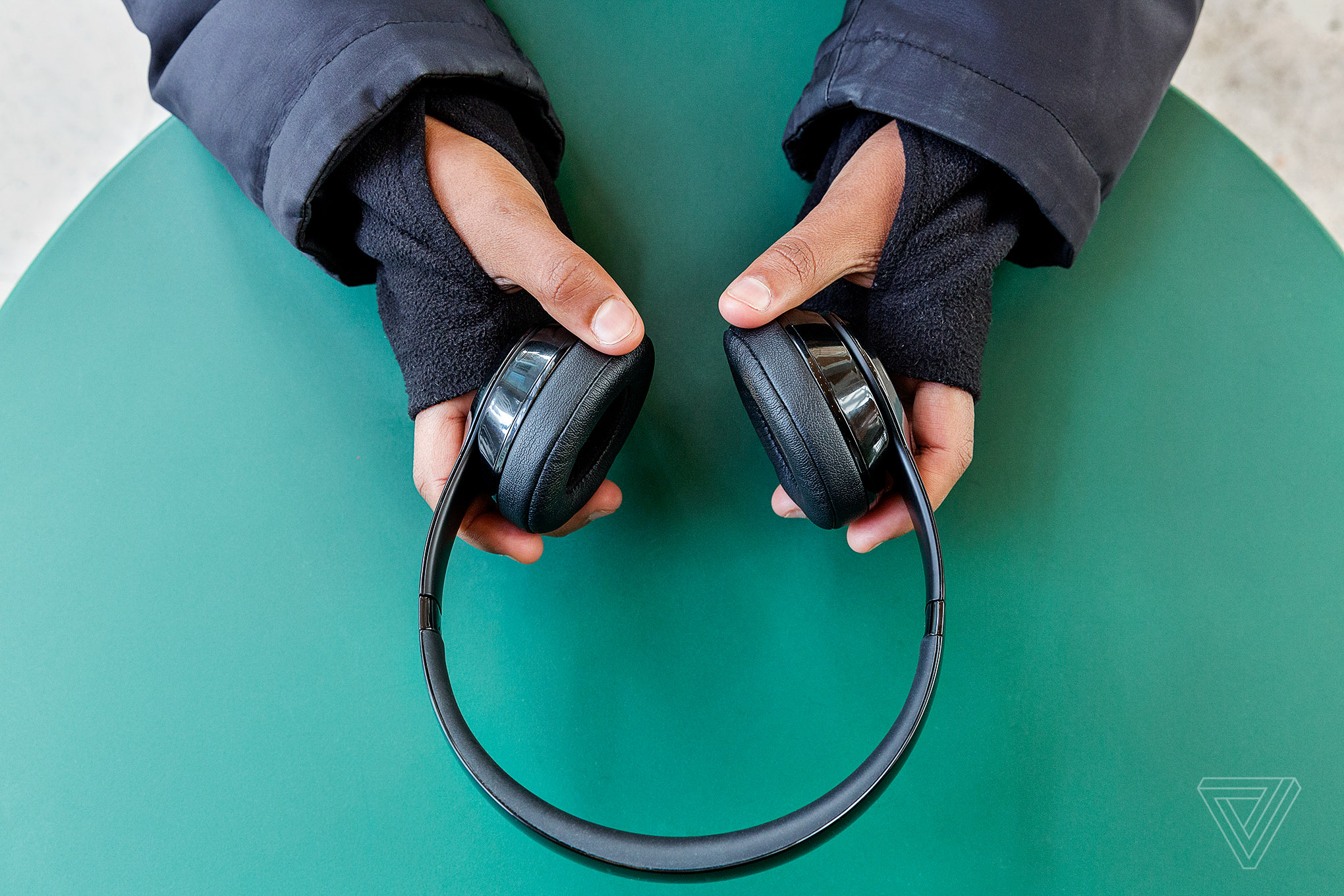 Beats Solo 3 Review Decent Sound Better Wireless The Verge Iphone Headphone Jack Wiring Diagram Further Touch Tone Phone