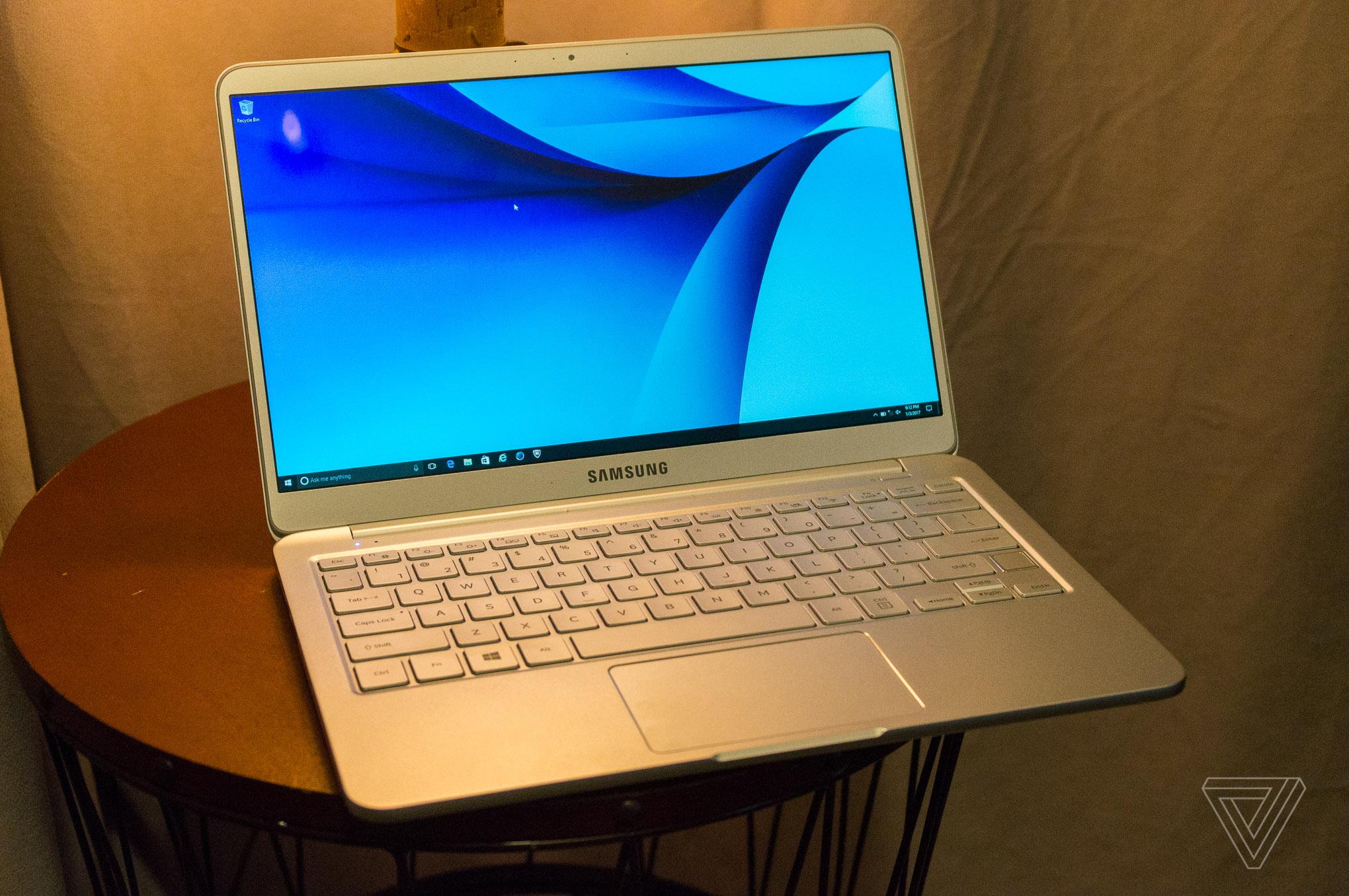 Notebook samsung 9 - Samsung Notebook 9 Vlad Savov