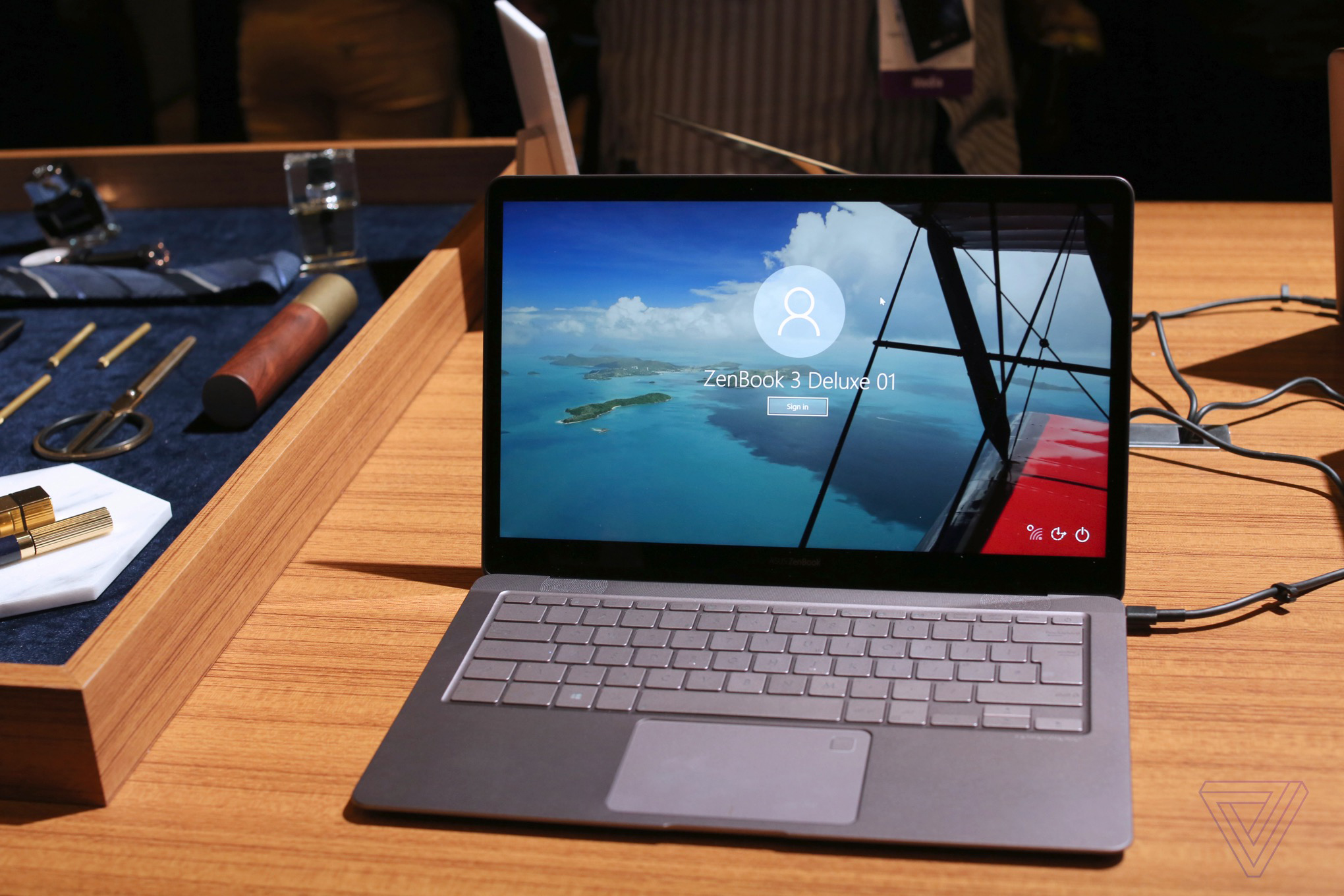 Asus Zenbook 3 Deluxe Takes On The Macbook Pro With A