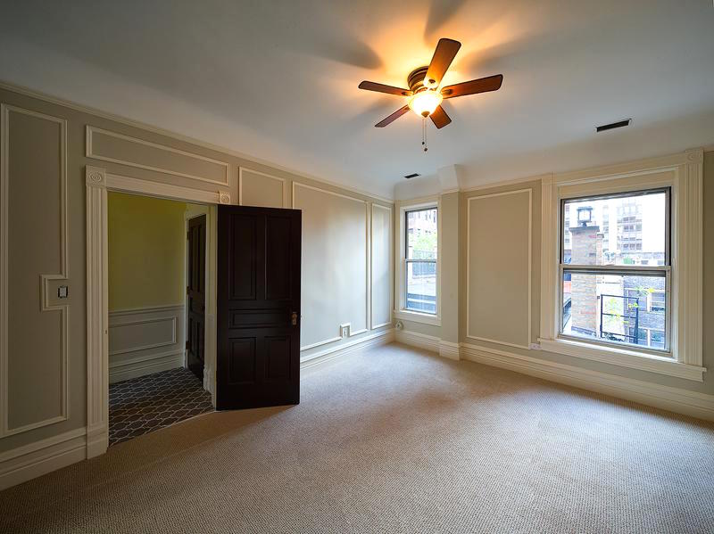 Rent A One Bedroom Apartment In A Historic Gold Coast Greystone For 2 599