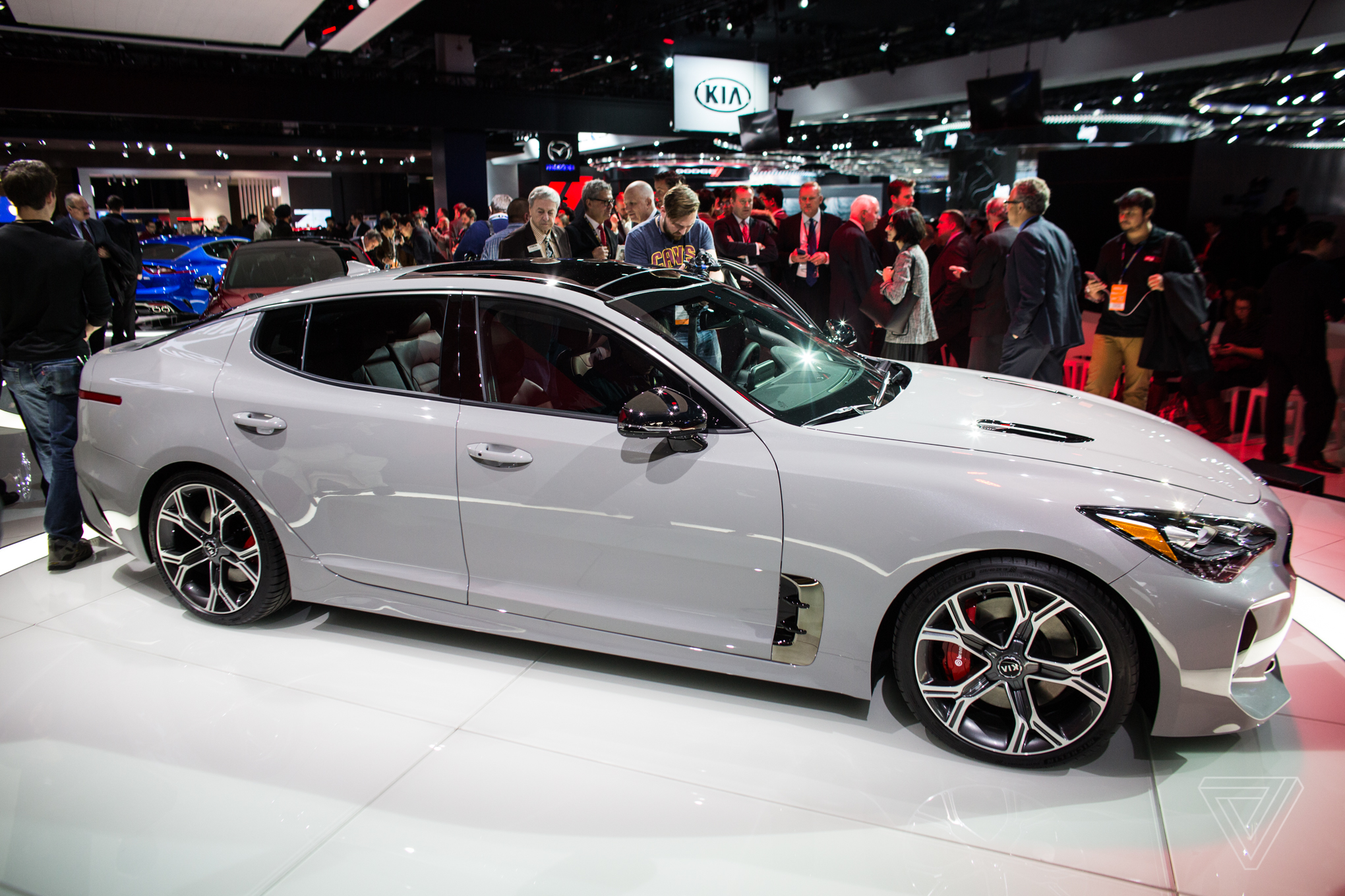 The Kia Stinger Is A Sports Sedan That Sizzles In Sea Of Practical Production Cars Techietricks