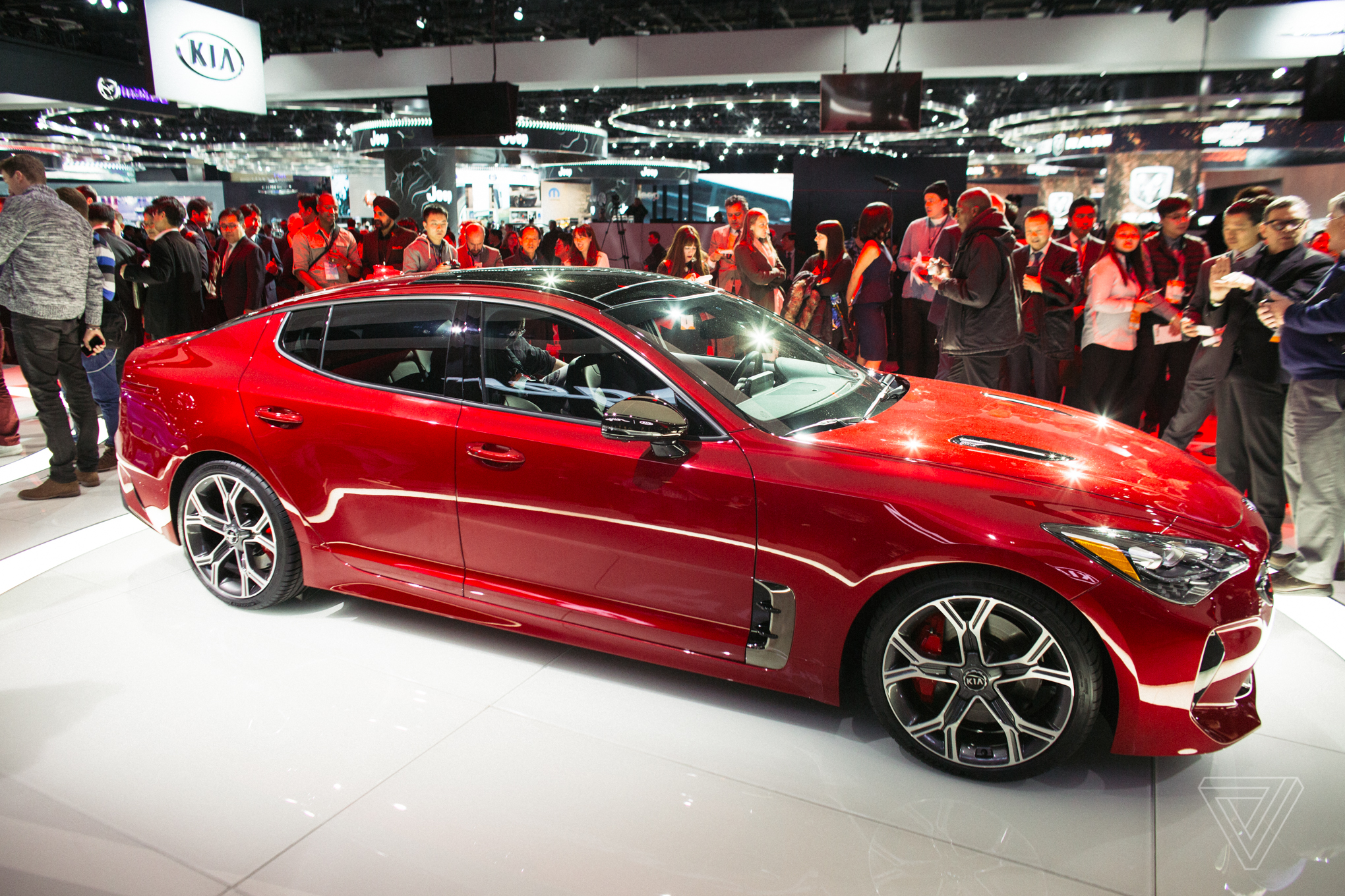 Cars For Uber >> The Kia Stinger is a sports sedan that sizzles in a sea of ...