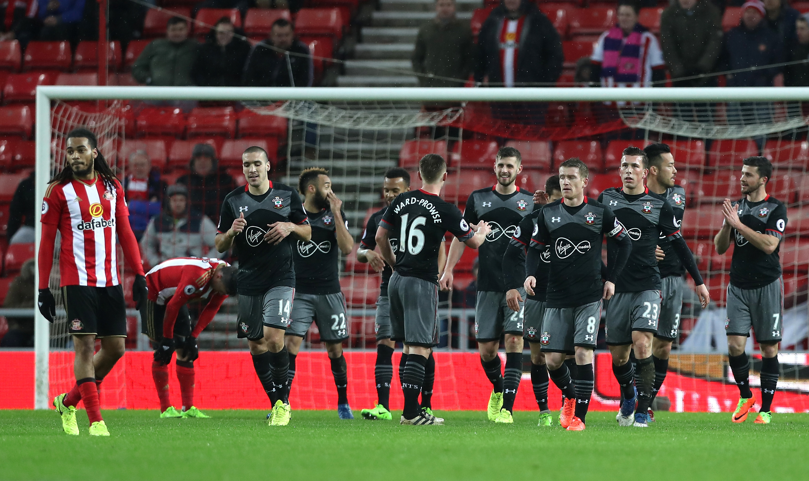 Manolo Gabbiadini bags double as Southampton post big win at Sunderland