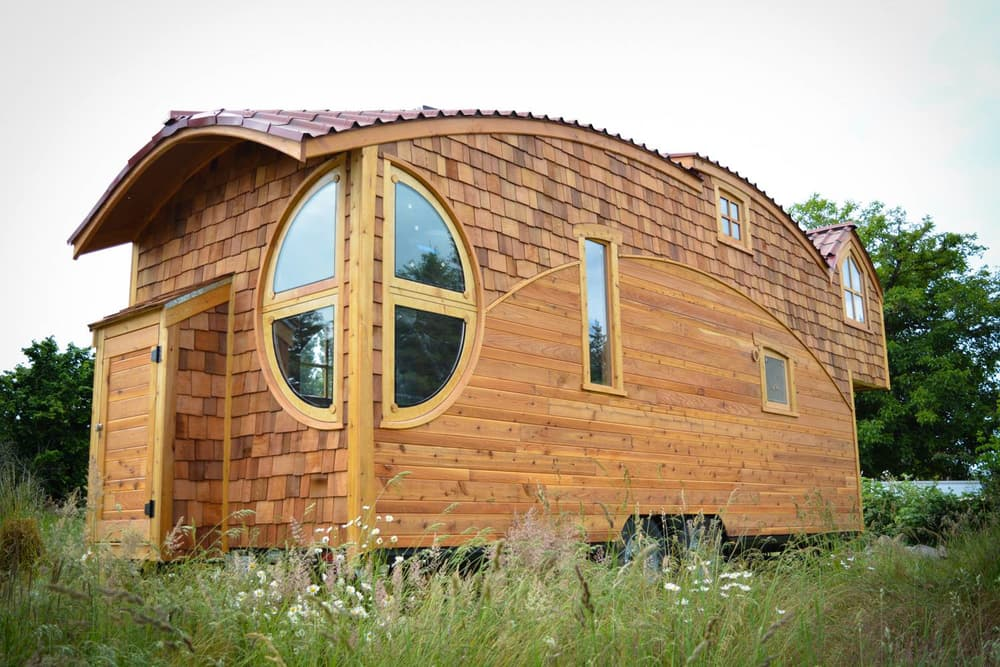 5 tiny house designs perfect for couples curbed for Tiny house pictures and plans