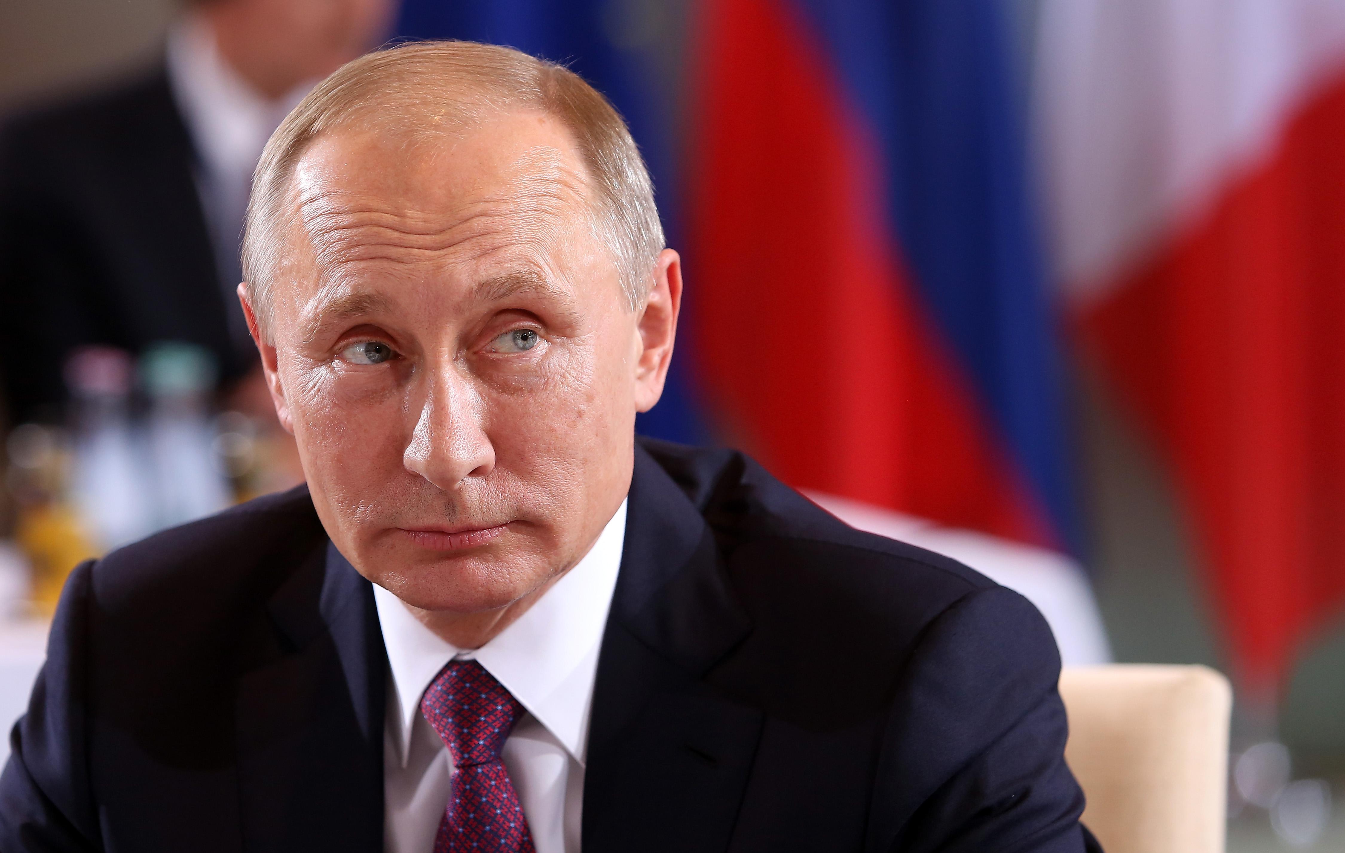 Putin, Hollande, Merkel And Poroshenko Meet Over Ukraine Peace Plan