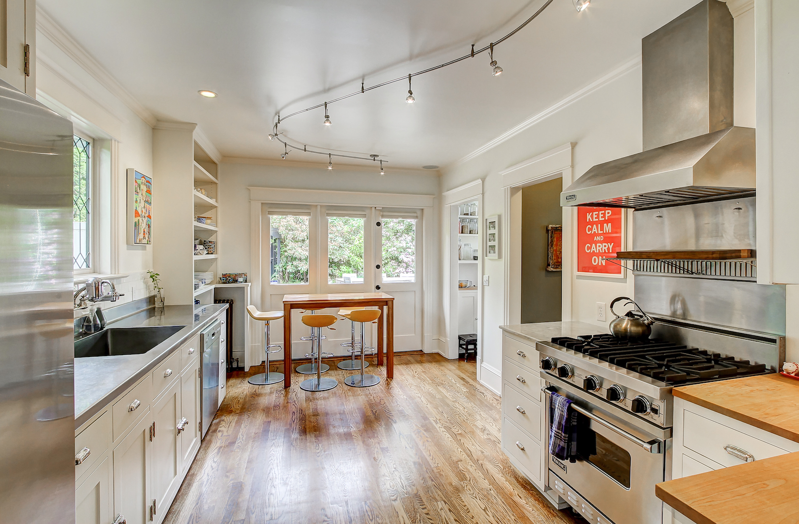 Sunny lake washington mansion listed for 3m curbed seattle for Floors and kitchens st john